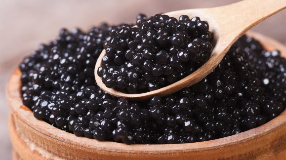 CAVIAR AND ITS USE IN COSMETIC