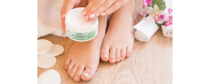 TIPS FOR THE CARE OF YOUR FEET